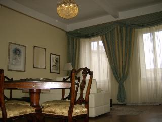 Maison Nardone, Arezzo