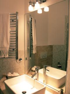 Family en-suite bathroom