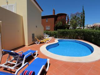Villa Maelou, 4beds | Gated Pool |