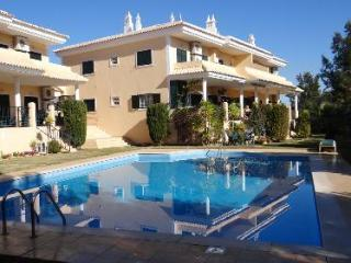 Ground floor Golf De Mar with WIFI, Vilamoura