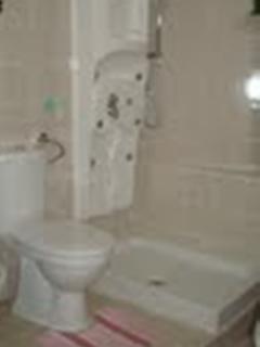 bagno privato x camera matrimoniale e letto aggiuntivo