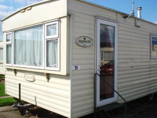 Golden Anchor Caravan Park 002 - 2 Bedroom Caravan, Skegness