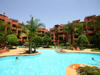1253 - 2 bed beach side apartment, Alicate Playa, El Rosario, Málaga