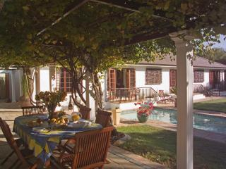 3 Palms Luxury Cottage, Bloubergstrand