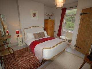 Simon's Cottage, Peak District - sleeps 1 to 6, Sheffield