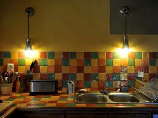 La cuisine du gîte est loin de ressembler à une kitchenette !
