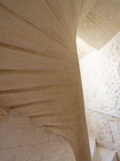 Escalier à vis en pierre