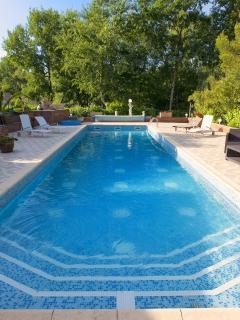 piscine privé à partager avec propriétaire