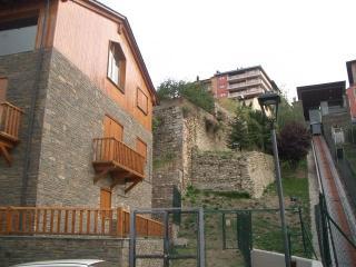 Apartamento duplex de 120 m2 de 3 hab junto centro, Puigcerdà