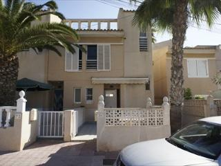 2 bed Townhouse by the sea, Torrevieja