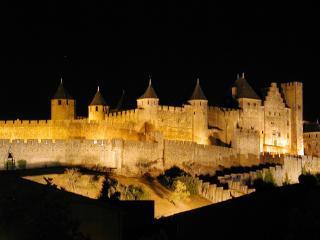 No 11 Carcassonne Holiday Apartment -La Cité views