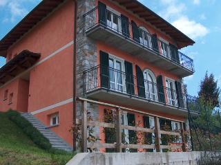 Casa Ilaria, Armeno