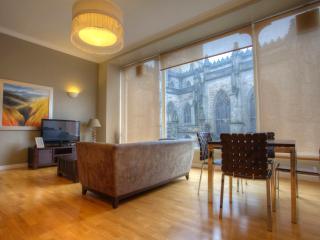 VieAmhor St Giles 2 Bed Duplex, Edinburgh