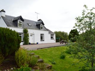 Balnain Cottage-Private Lochan, Strathpeffer