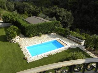 Casa Flaviano, Airole