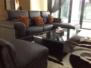 Luxury Villa - Chauffeur, Petaling Jaya