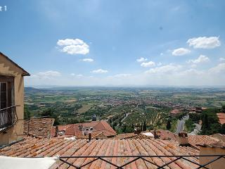 Apartment in Cortona, Arezzo Area, Tuscany, Italy