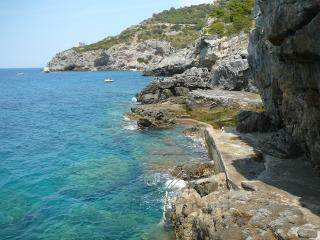 Charming holiday apartment with amazing private access to the sea in the Tuscan Archipelago