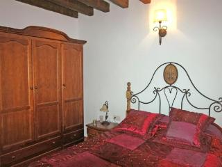 Sun´s House. Granada, Restabal