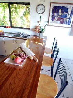 Kitchen bar bench