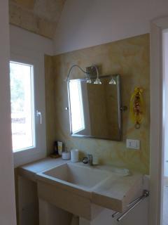salle-de-bain des deux chambres de la lamia