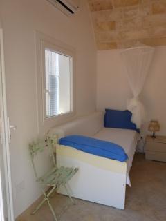 chambre avec 2 lits simple du la lamia