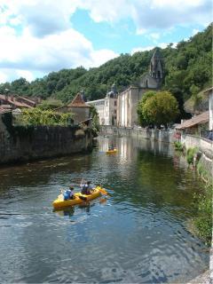 Brantome canoeing