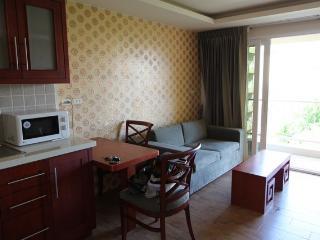 Condo for rent Central Pattaya,Garden City Condo,50 sq.m,center of town., Bang Lamung
