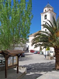 Canar plaza and church