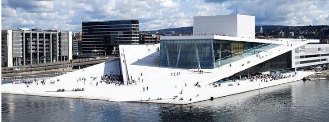 Many attractions, including the new Oslo Opera house, is just a short walk from the flat