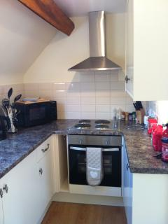 Cotswold View - newly fitted kitchen with modern appliances