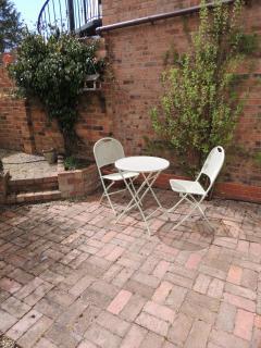 The sunny patio garden