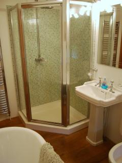 The large shower has everything you need and bags of room.