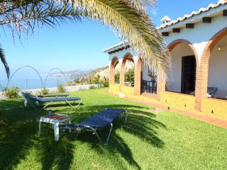 Villa La Marina, Maro