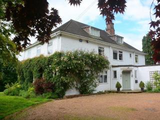 Barnfield House - set in 2-acre gardens