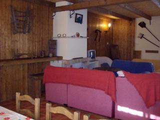 Casa Rural de 200 m2 de 6 dormitorios en Benaojan