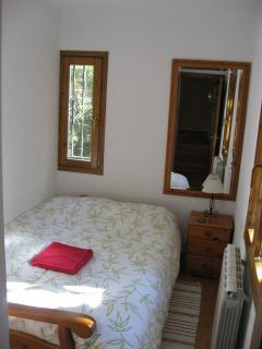 Dormitorio planta baja cama 135 (sofa)