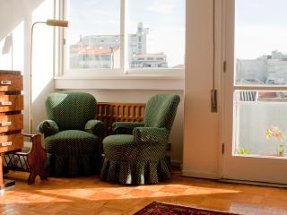 Sunny Apartm in Central Porto, Oporto