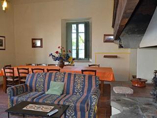 6 bedroom Villa in Pian di Scò, Tuscany, Italy : ref 5228919