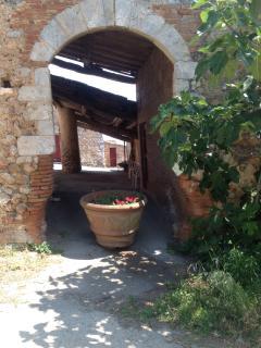 Access from 'Via Francigena'