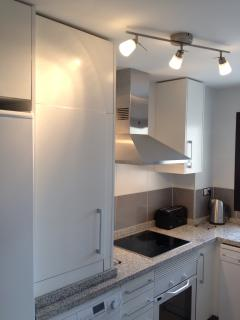 Fully equipped kitchen includes Dishwasher, Washing Machine, Fridge Freezer & everything you nee