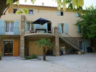 Domaine des Pradines holiday home in France with private pool sleeps 12-13