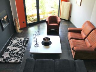 Large Apartment  with Pool, Pola