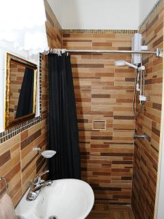 Ensuite personal  bathroom and toilet