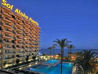 Sol Aloha Puerto (Apartment within 4* Hotel), Torremolinos