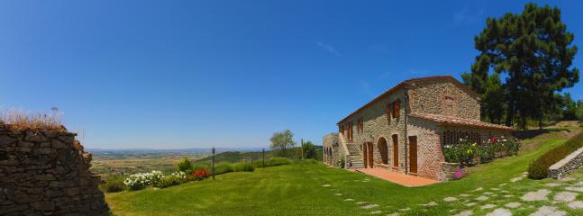 exterior wit panoramic view of the Val di Chiana