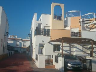 Bungalow Alcossebre, 280m. Playa Moro, 6 personas, 4 piscinas, impecable