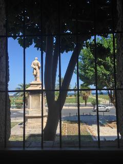 Dettaglio camera: vista mare e sul foro italico