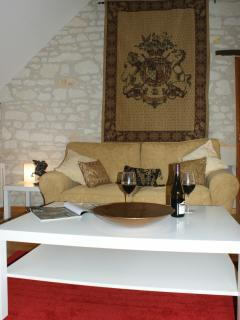 Spacious Comfortable Lounge with English TV