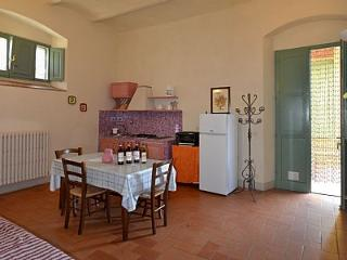 2 bedroom Apartment in Pian di Scò, Tuscany, Italy : ref 5228921